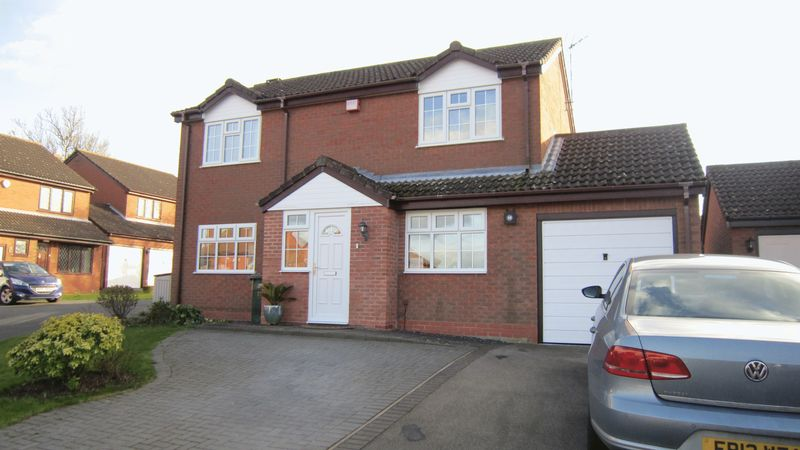 4 Bedrooms Detached House for sale in Cherrywood Grove, Allesley Green, Coventry