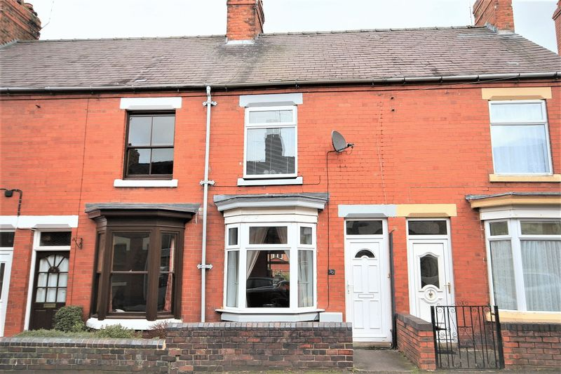 2 Bedrooms Terraced House for sale in Worthington Street, Whitchurch