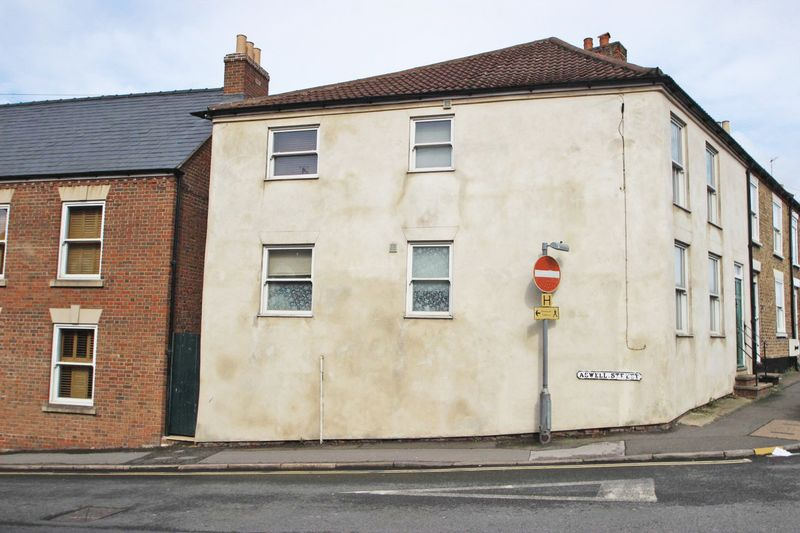 2 Bedrooms Flat for sale in ASWELLL STREET, LOUTH