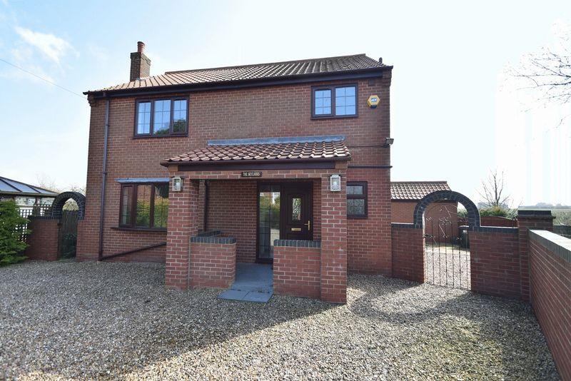 3 Bedrooms Detached House for sale in Magna Mile, Ludford