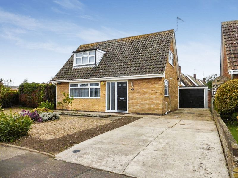 2 Bedrooms Detached House for sale in Oulton Broad
