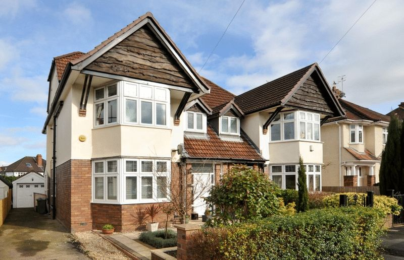 4 Bedrooms Semi Detached House for sale in Rockside Drive, Henleaze
