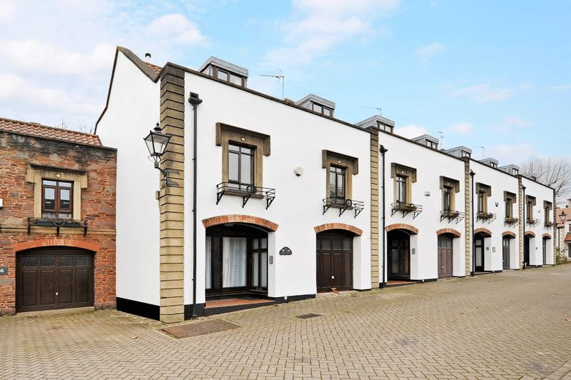 3 Bedrooms Terraced House for sale in Clyde Mews, Redland