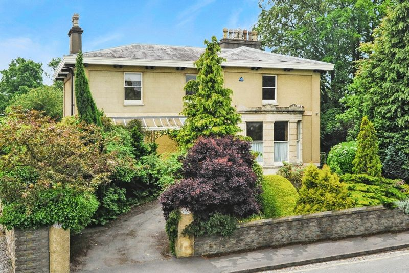 6 Bedrooms Detached House for sale in Cotham Road, Cotham