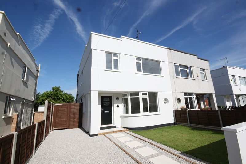 3 Bedrooms Semi Detached House for sale in Arle Drive, Cheltenham