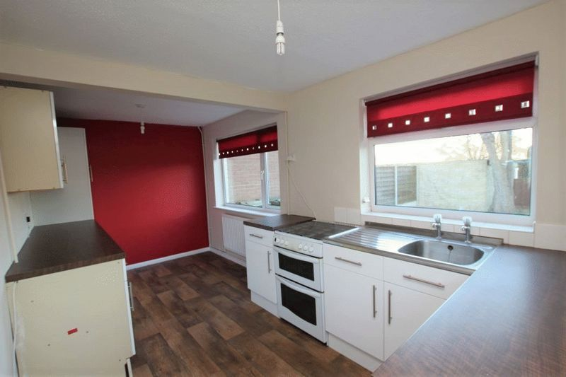 3 Bedrooms Semi Detached House for sale in MAPLE AVENUE, KEELBY