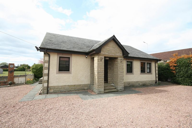 3 Bedrooms Detached Bungalow for sale in Cupar Road, Kennoway