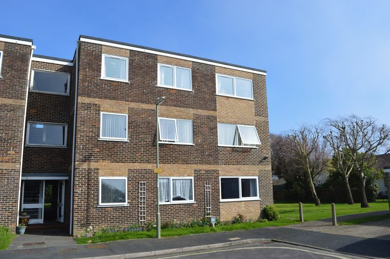 2 Bedrooms Flat for sale in 50 Rails Lane, Hayling Island