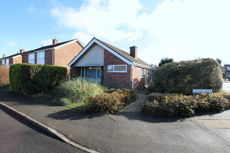 2 Bedrooms Detached Bungalow for sale in 2 Sidlaw Grove, Lincoln
