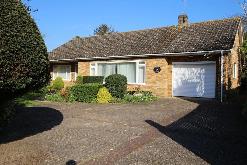 3 Bedrooms Detached Bungalow for sale in Rowan Lodge, 6 Beck Street, Welbourn