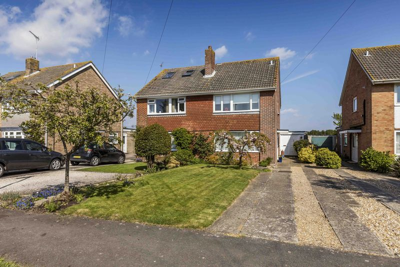 3 Bedrooms Semi Detached House for sale in Furnston Grove, Southbourne