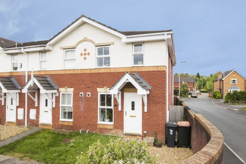 2 Bedrooms Terraced House for sale in Laburnum Close, Newport