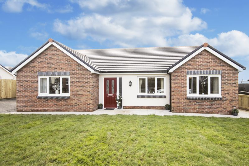 3 Bedrooms Detached Bungalow for sale in Plot 15, Rhosybonwen Road, Llanelli
