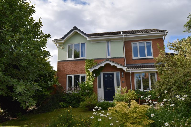 4 Bedrooms Detached House for sale in Beaumont Park, Hexham