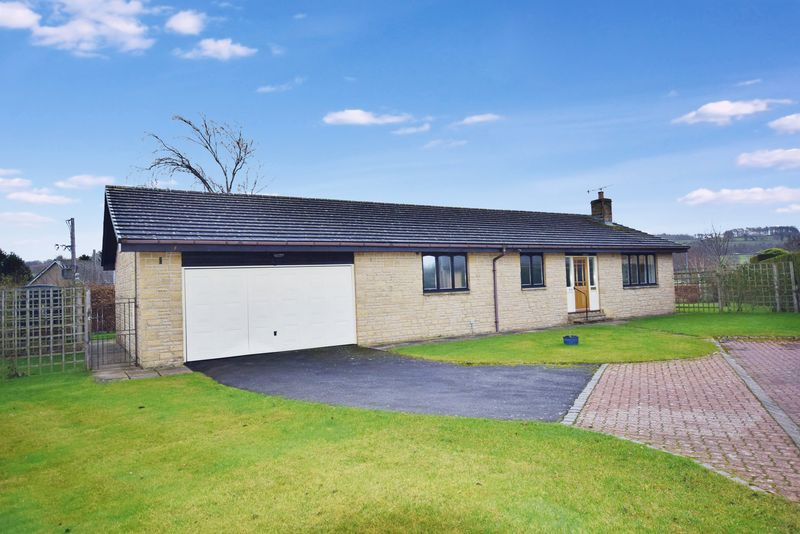 3 Bedrooms Detached Bungalow for sale in Hadrian Court, Hexham