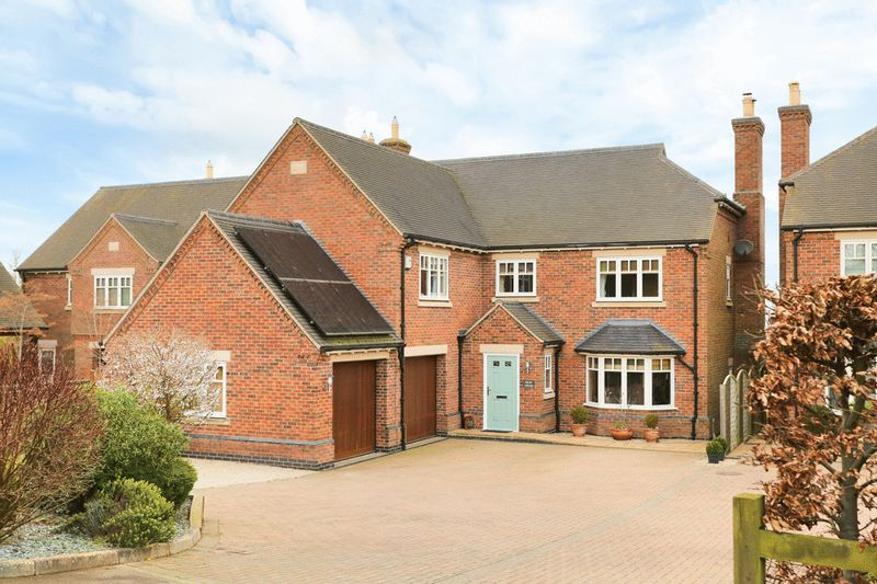 5 Bedrooms Detached House for sale in Tilton On The Hill, Leicestershire