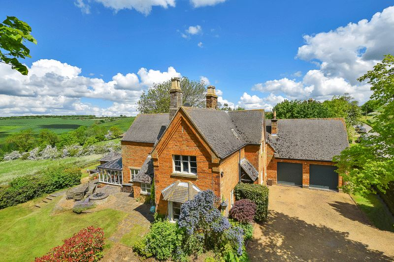 6 Bedrooms Detached House for sale in Stoke Dry, Rutland
