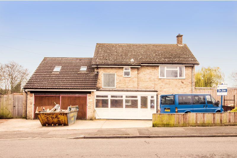 5 Bedrooms House for sale in Coneygear Road, Hartford, Huntingdon, Cambridgeshire.