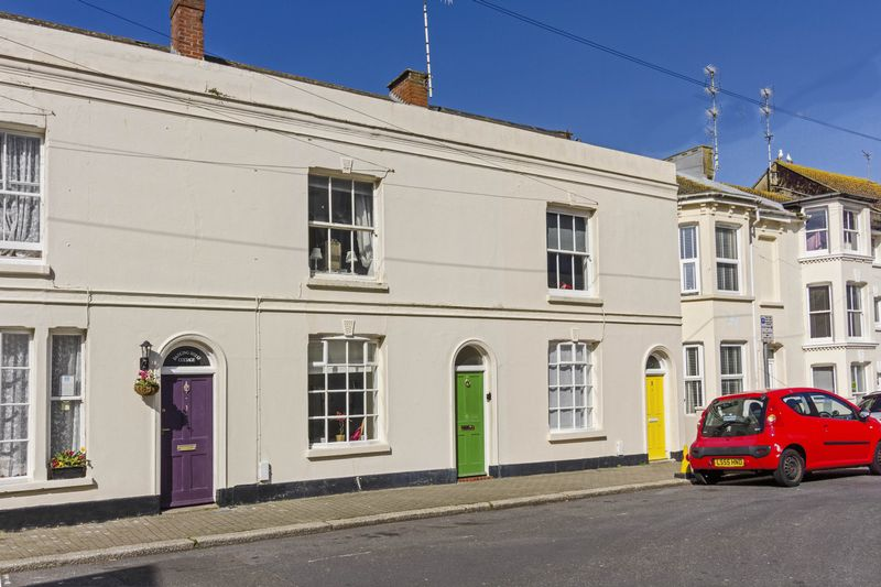 3 Bedrooms Terraced House for sale in Brunswick Road, Worthing