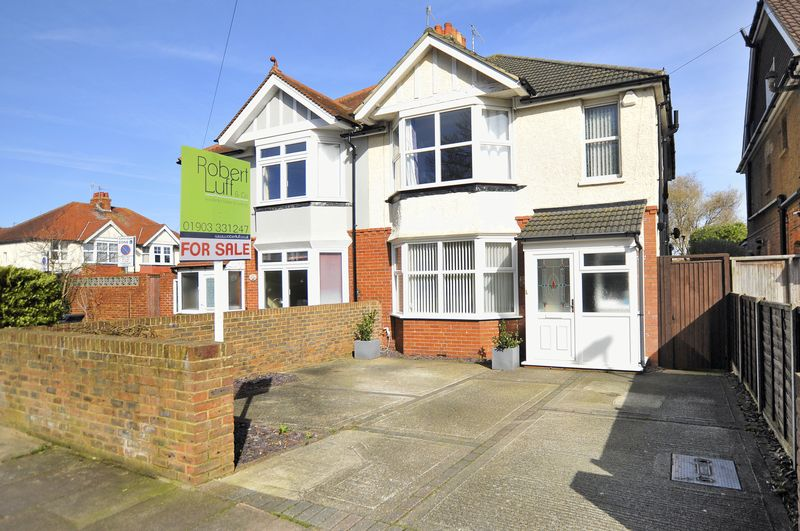 3 Bedrooms Semi Detached House for sale in St Georges Road, Worthing