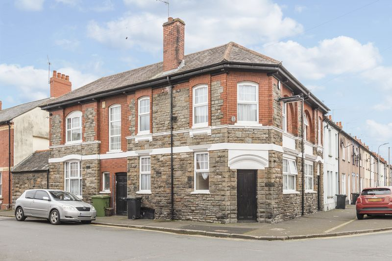 Property for sale in Dolphin Street, Newport