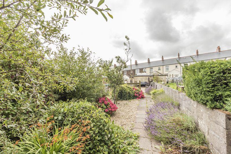 Salisbury Terrace Varteg