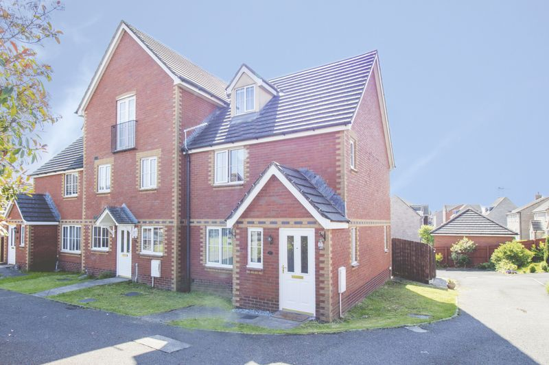 3 Bedrooms Property for sale in Dunraven Drive, Newport