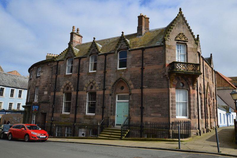 Bridge End House, 7 Bridge End, Berwick-...