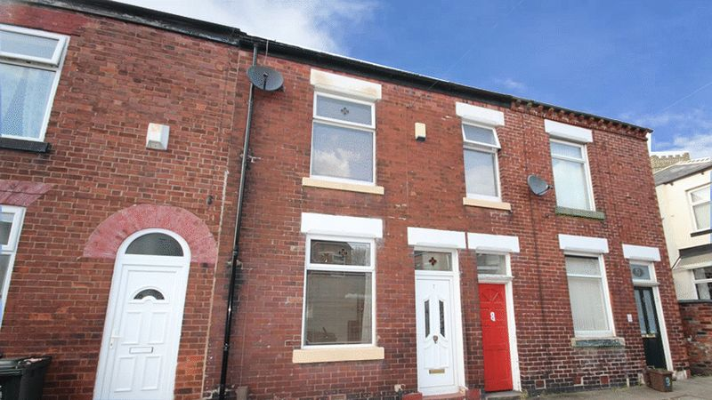 2 Bedrooms Terraced House for sale in Hornby Street Middleton M24 1BP
