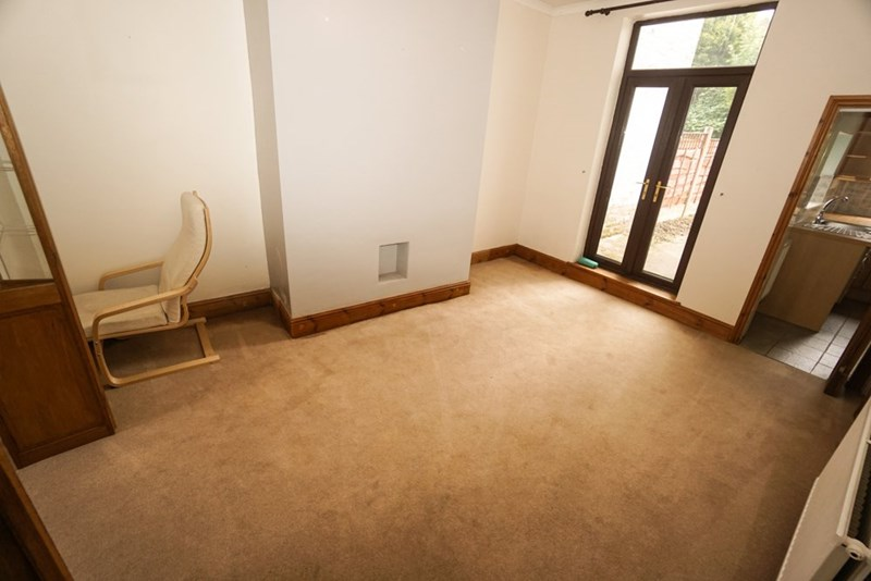 2 Bedrooms Terraced House for sale in Heaton Road,Lostock