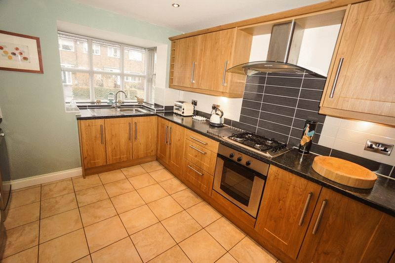 3 Bedrooms Semi Detached House for sale in Longworth Road, Horwich