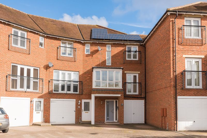 4 Bedrooms Terraced House for sale in Smiths Wharf, Wantage
