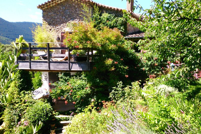 Character house with stunning views near Cevennes