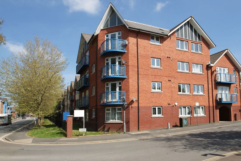 2 Bedrooms Flat for sale in Powhay Mills, Exeter