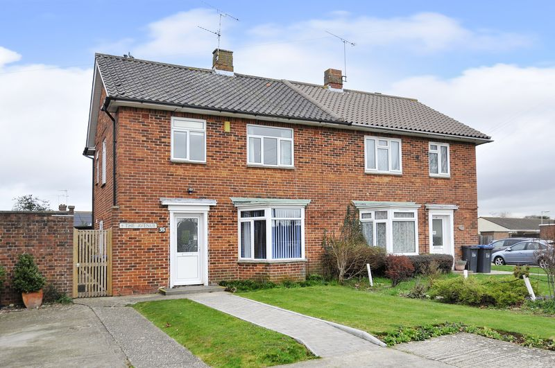 3 Bedrooms Semi Detached House for sale in The Avenue, Goring-by-Sea