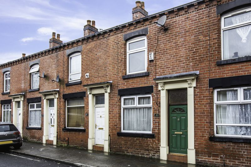 2 Bedrooms Terraced House for sale in Lilly Street, Bolton