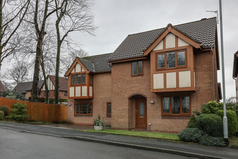 4 Bedrooms Detached House for sale in Copeland Mews, Bolton
