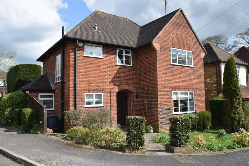 3 Bedrooms Detached House for sale in Joiners Lane, Chalfont St Peter