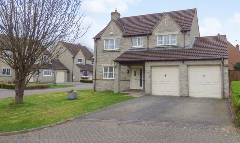 4 Bedrooms Detached House for sale in Stockdale Close, Hardwicke