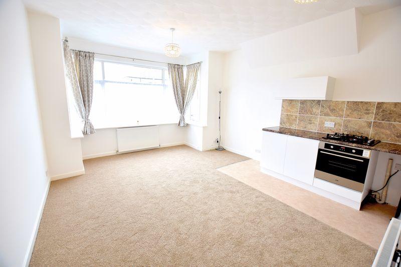 1 Bedroom Flat for sale in Genesta Road, Westcliff-On-Sea
