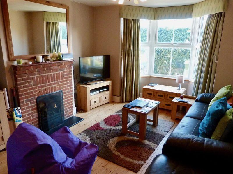 Coster Cottages Hedsor Road