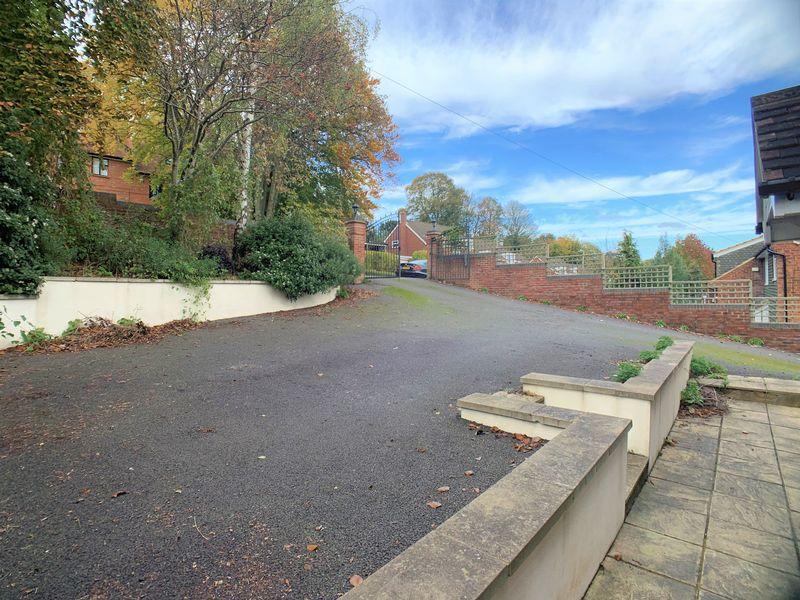 Amersham Hill Drive