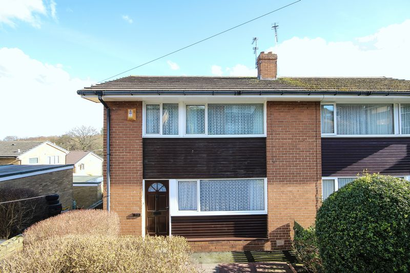 3 Bedrooms Semi Detached House for sale in Newbury Road, Brighouse