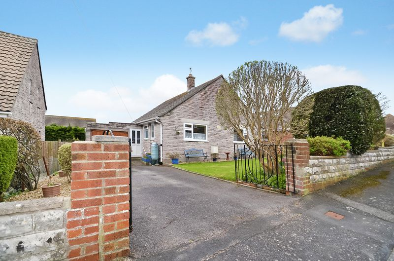 2 Bedrooms Detached Bungalow for sale in Marley Close, Preston