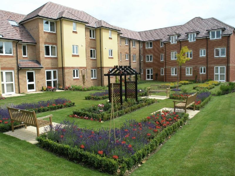 1 Bedroom Retirement Property for sale in Fareham, Acacia Lodge