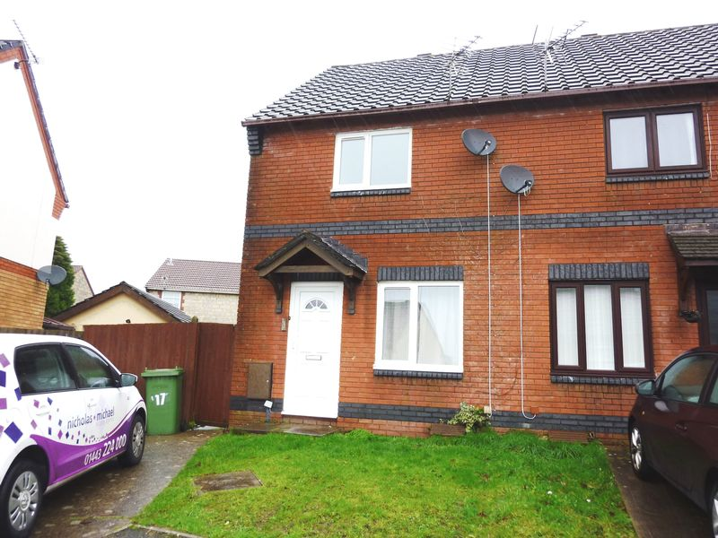 2 Bedrooms Terraced House for sale in Cwrt Y Waun, BEDDAU CF38 2JJ