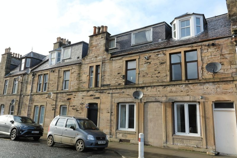 2 Bedrooms Flat for sale in NEW - 5/2 Peebles Road, Innerleithen
