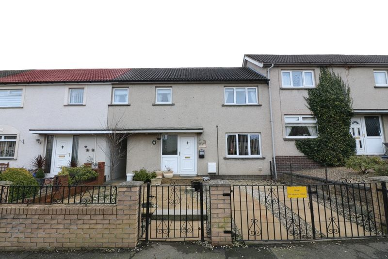 3 Bedrooms Terraced House for sale in NEW - 25 Cademuir Drive, Peebles