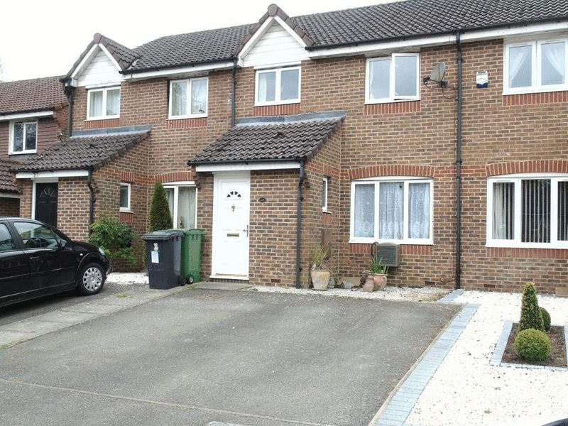 3 Bedrooms Terraced House for sale in Viewings available SATURDAY 29th April - Call to BOOK your time!