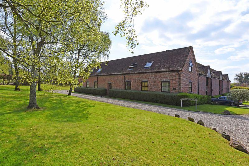 1 Bedroom Flat for sale in Forsters Farm Court, Aldermaston